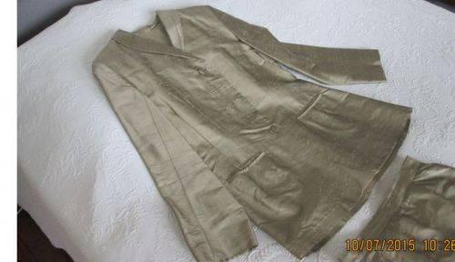Tailleur en soie T 36-38