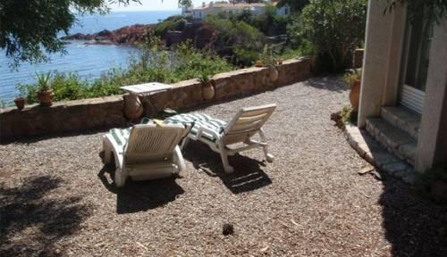 Loue maison pied dans l'eau accès direct plage 6couchages Cannes