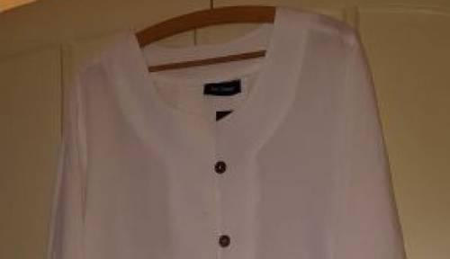 Sur chemise en lin blanc neuve 48