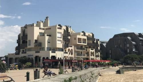 Loue appartement vue mer terrasse panoramique à 20m plage-La Rochelle