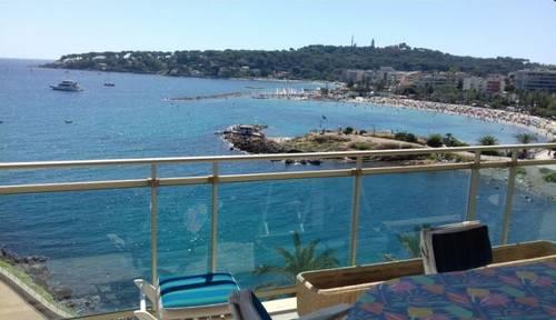 Loue appartement à Antibes - 6eme étage vue mer - 6couchages