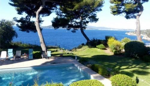 Loue Maison de 12couchages avec piscine chauffée vue mer - La Garde (83)