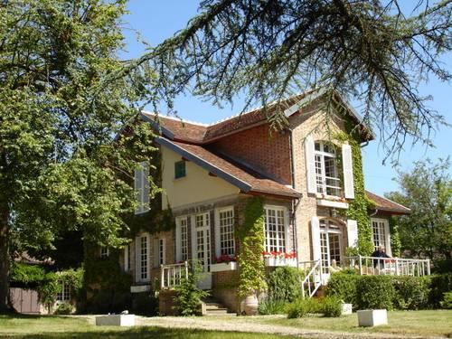 Chambres d'hôtes, 7chambres, 2à 11couchages près de Sens - Brannay (89)