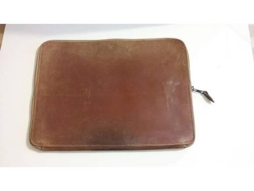 Porte documents en cuir des années 50-60