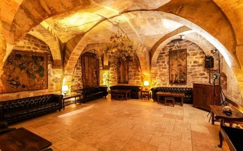 Propose Cave voûtée pour événements - 100invités - Paris 7ème