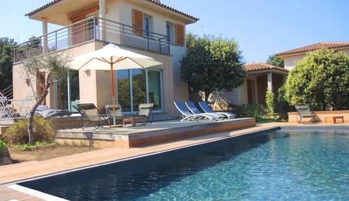 Loue maison 10couchages 4chambres - Piscine chauffée sécurisée - 500m plage - Sud Corse Pinarellu - Zonza (20) - Vue mer et montagne, mai, juin,sept