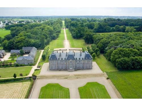 Propose salons réceptions et mariages, Château de Saint-Pierre-Eglise, Manche