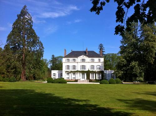 Loue château à Angerville (27) - 11chambres, 25couchages - Weekend, vacances et séminaires