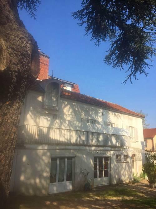 Loue Chambre Etudiante Meublée 24m²à Châtenay-Malabry Centre