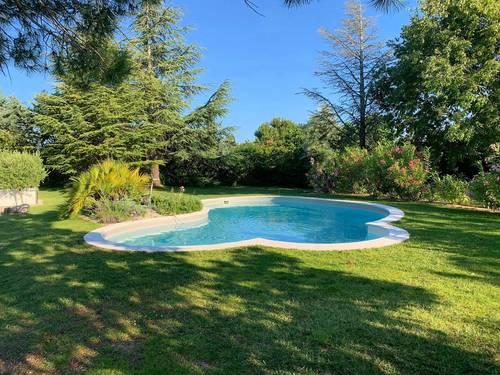 Loue villa de standing Aix-en-Provence piscine / Jacuzzi - 8couchages