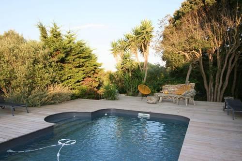 Loue maison Bonifacio 20169avec piscine privée 8couchages