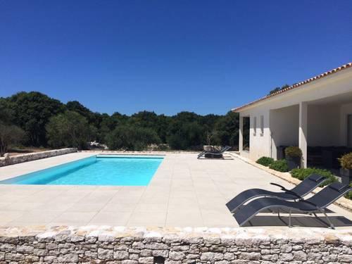 Bonifacio: loue superbe villa, piscine chauffée, 6couchages