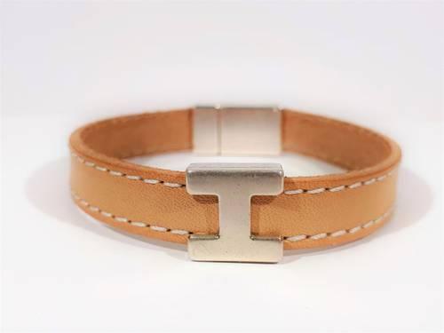 Bracelet en cuir fabriqué jusqu'au 1er juin 2021sur mesure