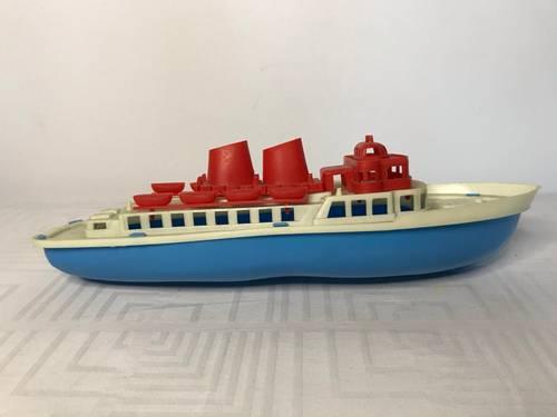 Jouet ancien bateau celluloïd flotteur 1960
