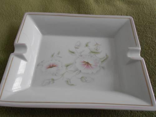Vends cendrier porcelaine Limoges