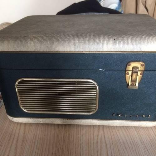 """Ancien magnétophone """"Philips """" à bandes"""