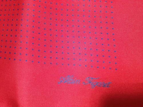 Carré en soie Alain Figaret rouge à pois bleus - 43x 43cm