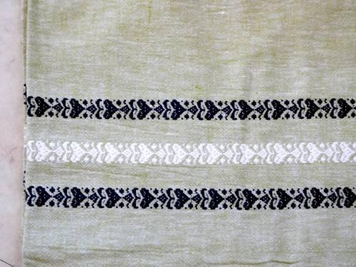 Nappe rectangulaire vert pâle et serviettes