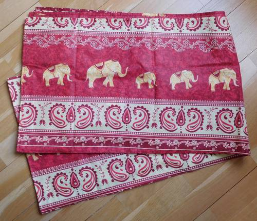 """Nappe rectangulaire """"éléphants"""" et serviettes"""