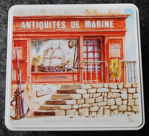 """Boîte métal """"Antiquités de marine"""""""