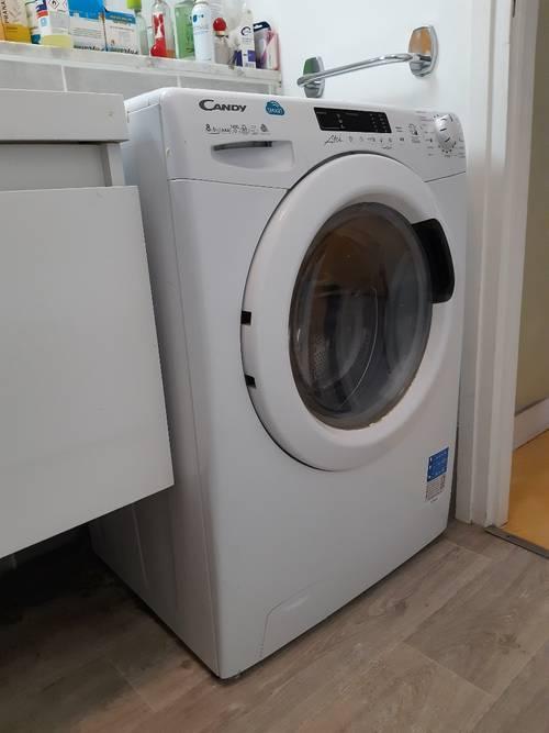 Vends machine à laver Candy Smart Touch en très bon état