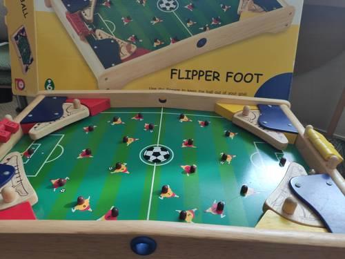 Vends Jeu en bois Football Kicker Flipper Pintoy