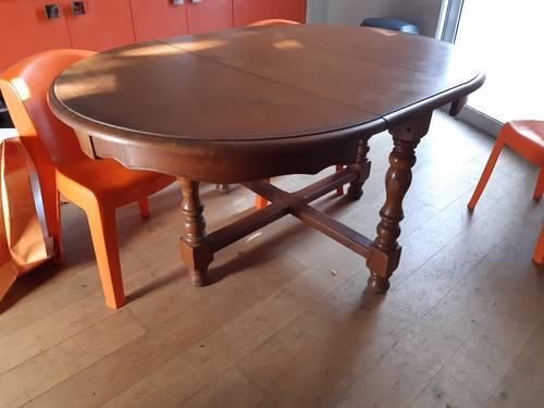 Table de SAM en bois massif pour 6personnes