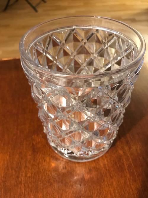 Beau vase en cristal Saint Louis