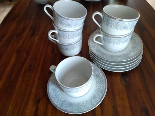 Déjeuners en porcelaine Guy Degrenne