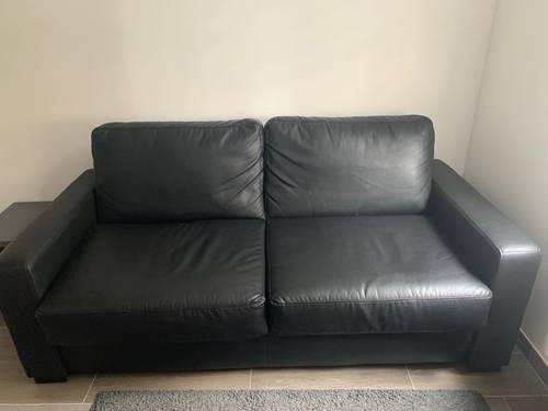 Vends Canapé-Lit, cuir noir, 3places, 140cm (13cm matelas)