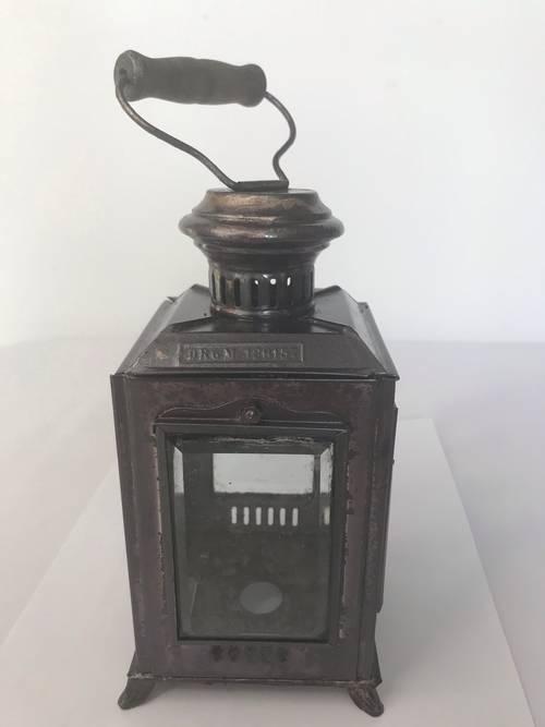 Ancienne petite lanterne à phare en tôle verres biseautés XIXème