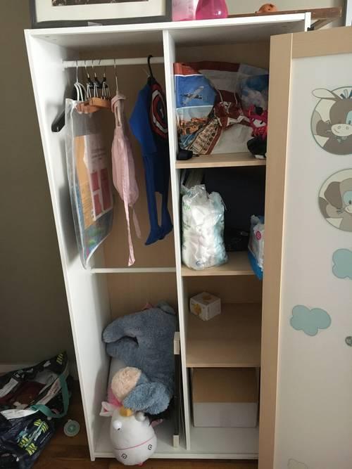 Donne armoire Ikea enfant