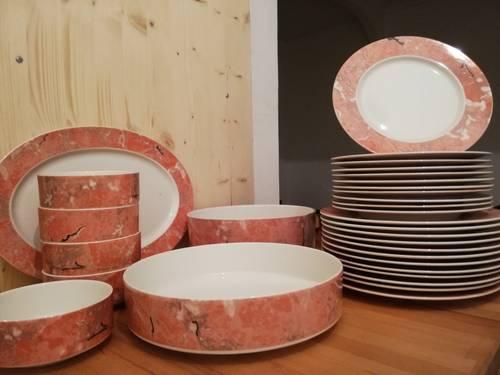 Vaisselle porcelaine Villeroy & Boch / collection Siena / Rose marbré
