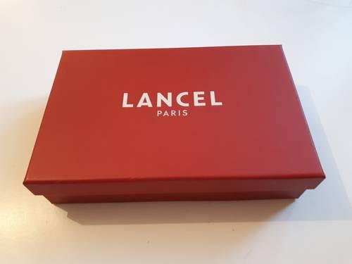 Vends boîte Lancel 23cm X 15cm Excellent état