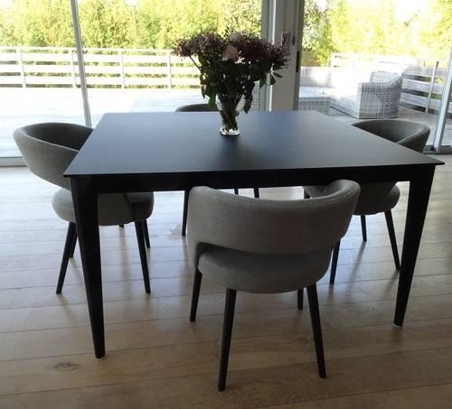 Table + fauteuils