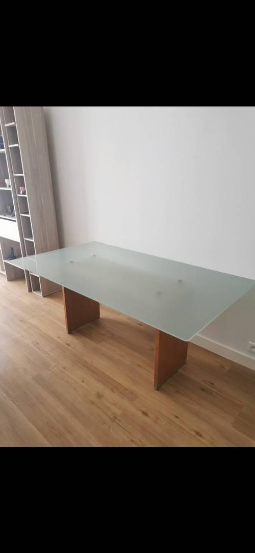 Vends table en verre