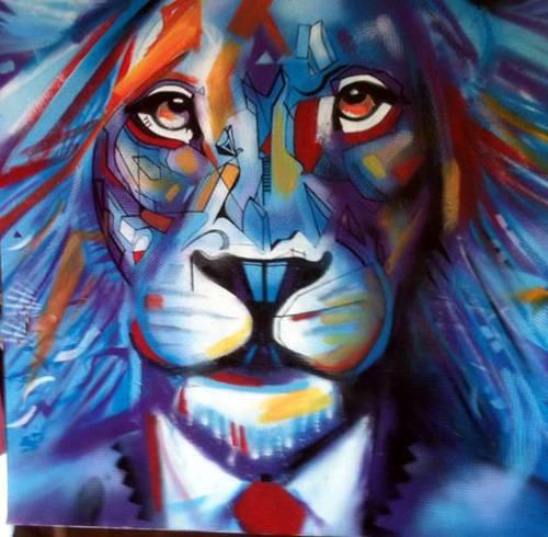 LION BLEU A LA CRAVATE ROUGE - 100/100CM