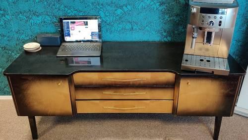 Très belle enfilade, meuble TV vintage, 2portes 3tiroirs