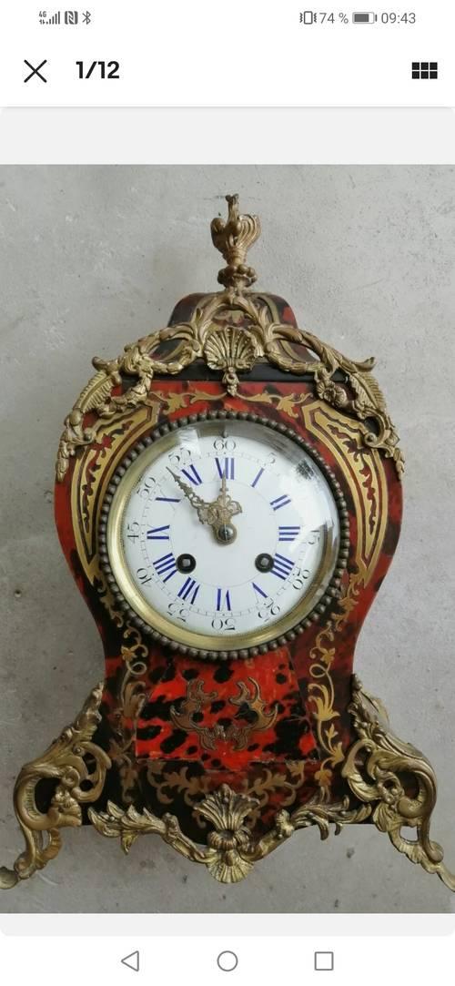 Horloge type cartel vers 1880, époque Napoléon III
