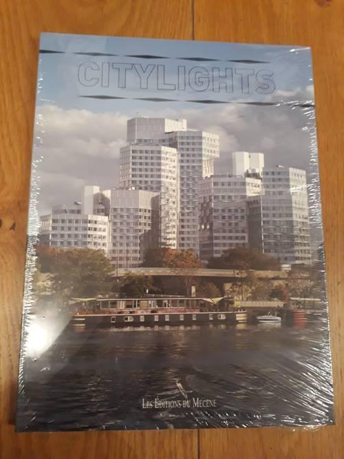 "1livre ""Citylights"" neuf"