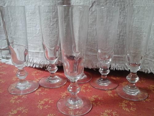 6flutes en verre soufflé XIXe