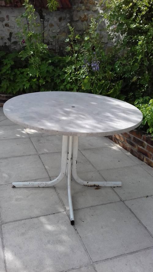 Table jardin ronde en marbre