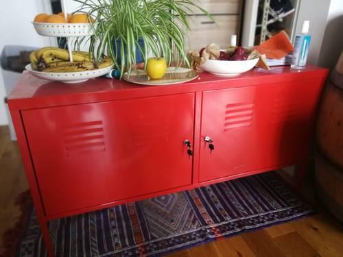 Vends armoire métallique Ikéa rouge