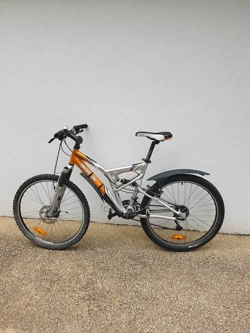 Vends vélo quasi neuf