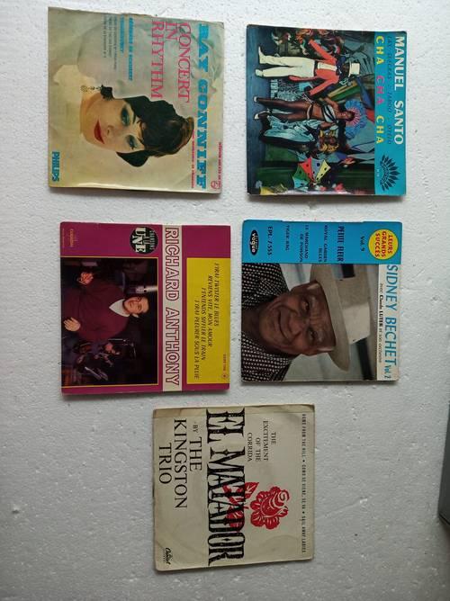 5vinyles 45tours des années 60