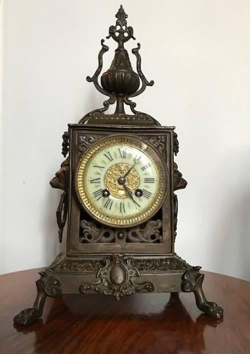 Ancienne horloge pendule bronze Napoléon III signée Dostal XIXème