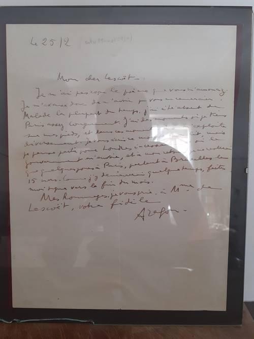 Lettre autographe de Louis Aragon