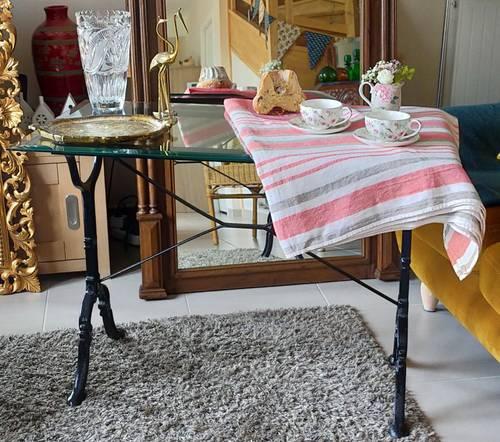 Console ou table relookée pieds bistrot fer noir dessus verre biseauté