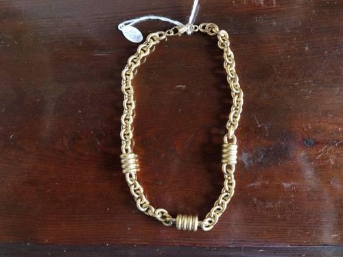 Vends collier ras du cou plaqué or