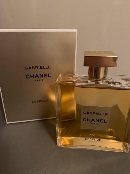 Vends parfum Gabrielle de Chanel (Essence - 100ml)